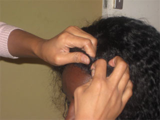How to put on a lace wig 7